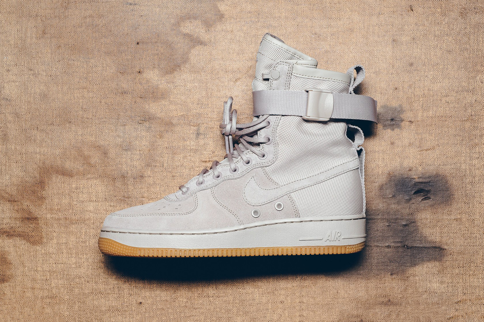 separation shoes e85c4 2b71c 近赏Nike Special Field Air Force 1 String